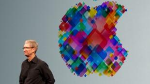 Tim_Cook_WWDC_2012
